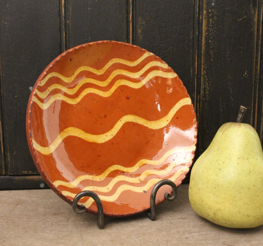 DTS-1467 Sm Round 7 Squiggly Lines Redware Plate