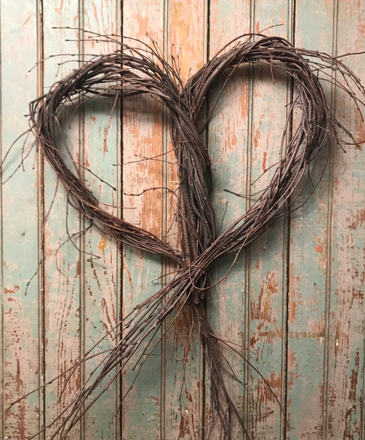 NAT-03 Heart Twig Wreath