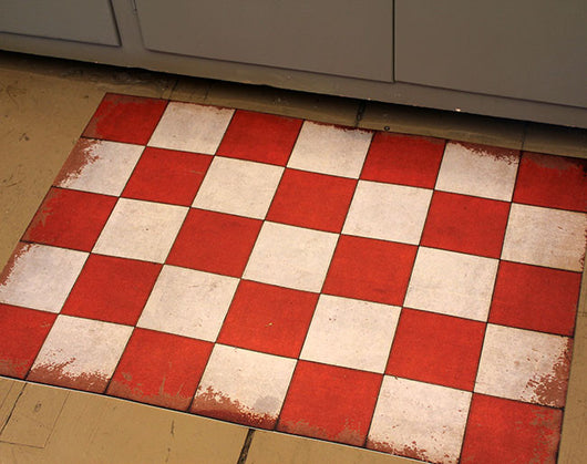 SP-CF Lg Red Check Vinyl Floormat