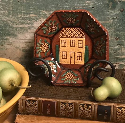 KS-040 House & Pineapple Redware Octagon Tray