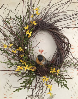 FS-RBW-04 Twig Wreath with Resin Bird in Nest