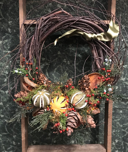 FS-FW Dried Fruit Wreath
