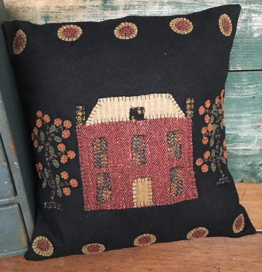 RG-1393 Manor House Felt Pillow