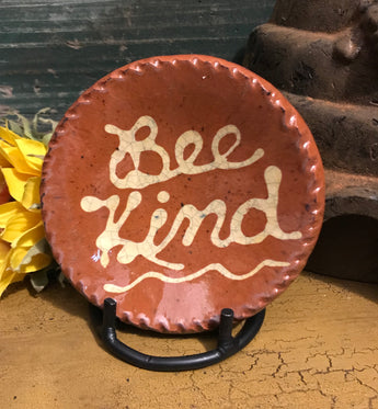 DTS-0616-14 Mini Bee Kind Redware Plate