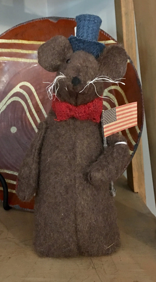 EC-AM Americana Mouse with Flag