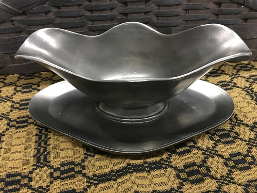 OWP-10 Old World Pewter Gravy Boat