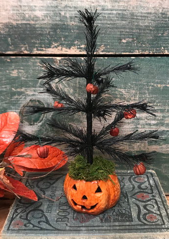 NV-3 Jack-o Feather Tree with Putka Pod Ornaments