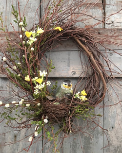 FS-RBW-03 Twig Wreath with Resin Bird in Nest