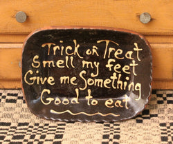 DTS-0916-02 Redware Trick or Treat Tray