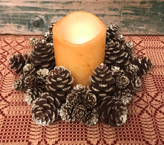 "LH-05 7"" Faux Shimmer Pine Cone Candle Ring"