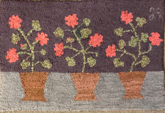 LG-2006 Hand-Hooked 3 Pots of Flowers Wool Rug