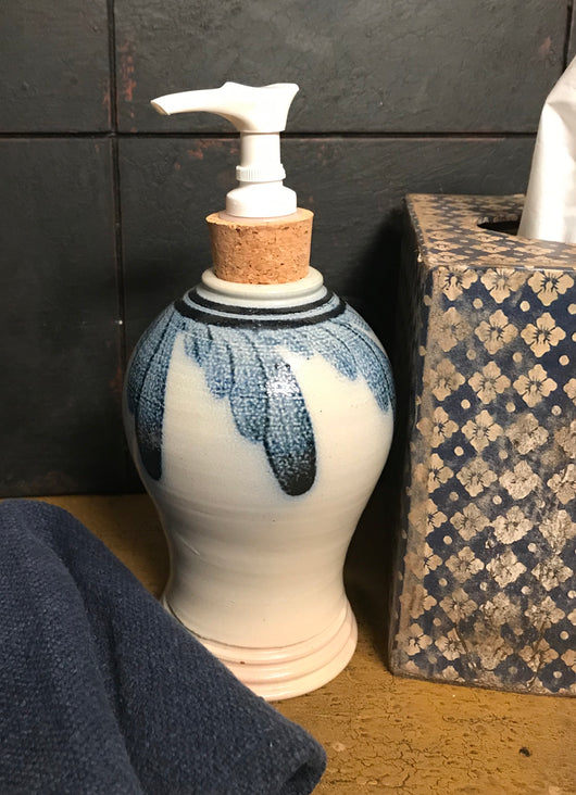SJP-SP3 Blue Floral Soap Pump Dispenser