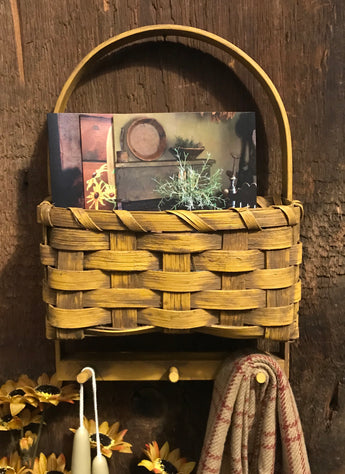 BG-1941 Wall Basket with 3 Pegs