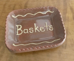 DTS-BAS Redware Baskets Tray