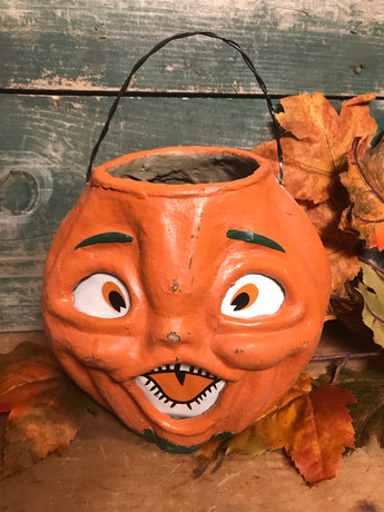 RA-017 Jack O' Lantern Candy Container