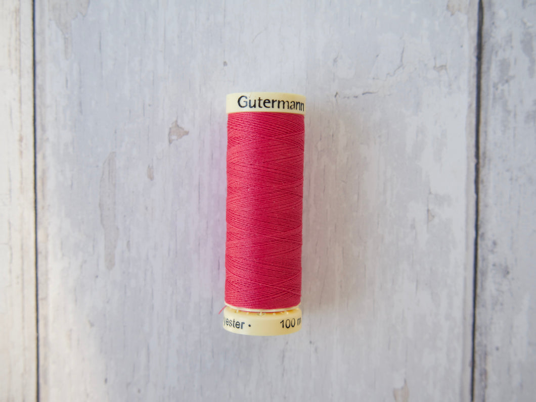 Gutermann Sew-All 100m 733