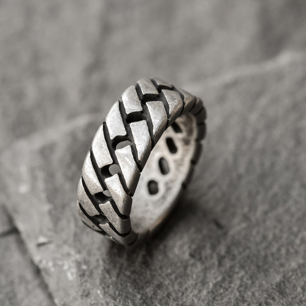saar rope shapped stainless steel ring for men