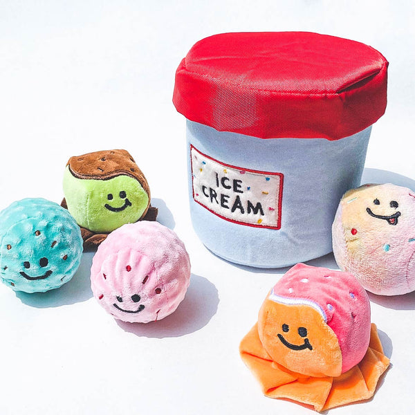 Ice cream bucket hunting toy