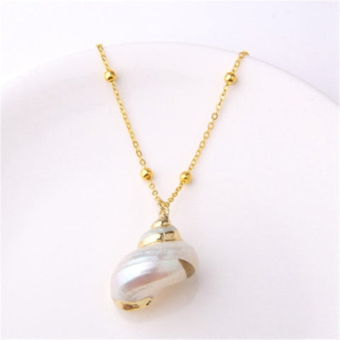 Shell Pendant Necklace White - RubyVanilla