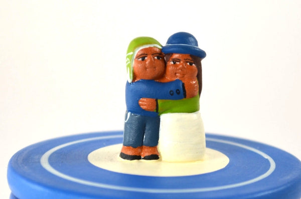 good anniversary gifts, ceramic true love trinket box detail