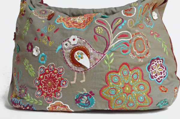 Embroidered Bag handcrafted and fair trade from India detail
