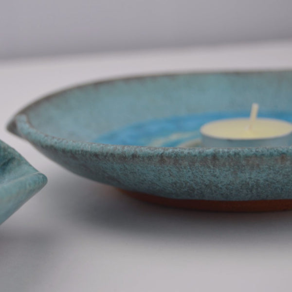 turquoise ceramic crackle glaze candle plate side view