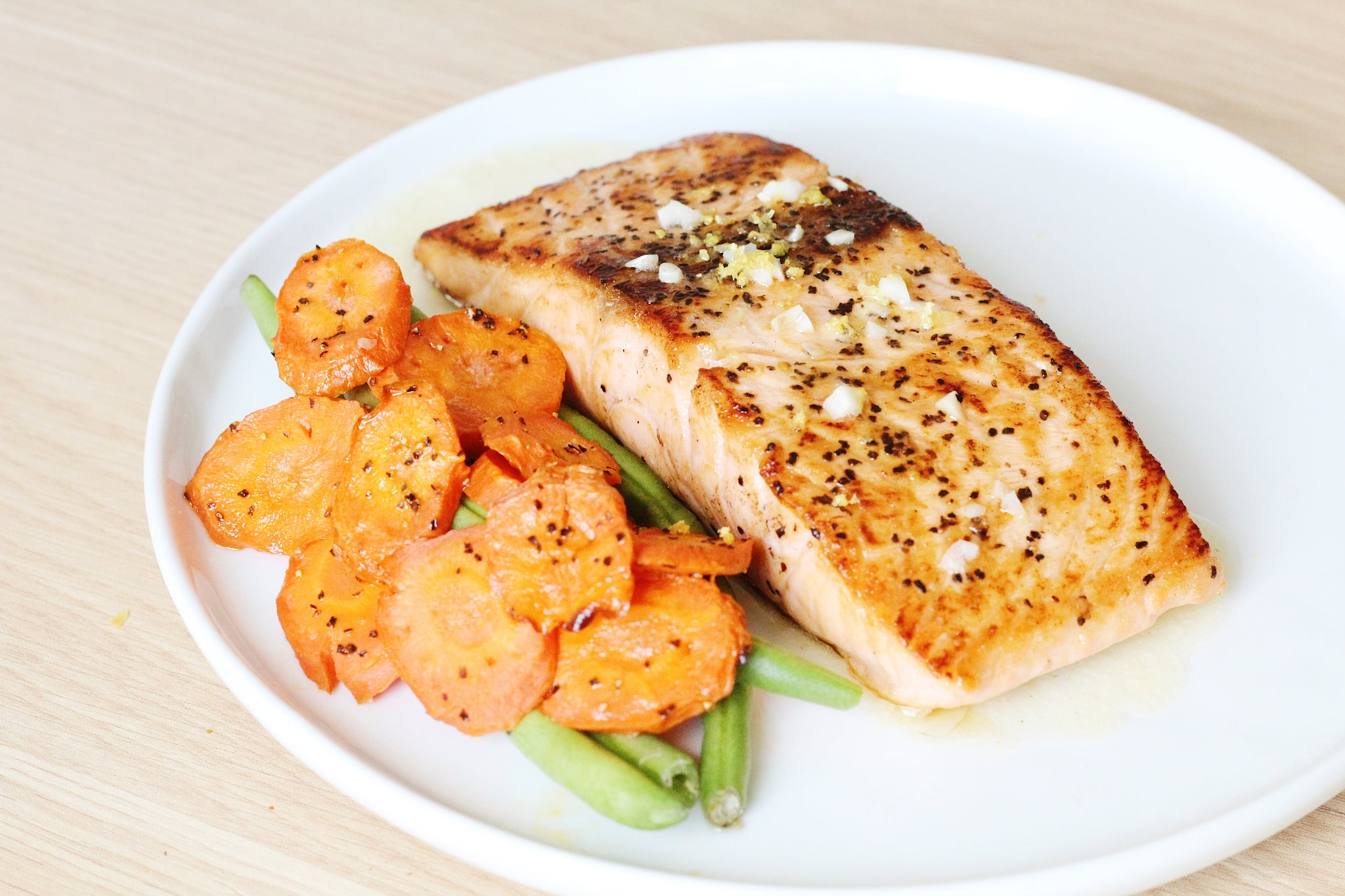 Seared Salmon with Lemon Garlic Butter