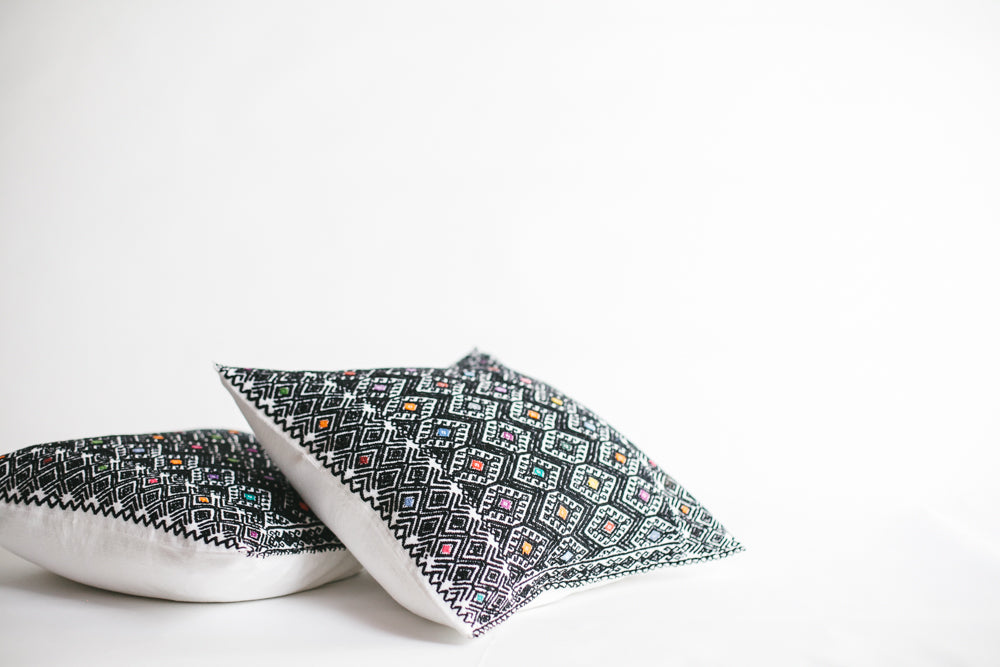 MEXICAN WOVEN SQUARE PILLOW | BLACK