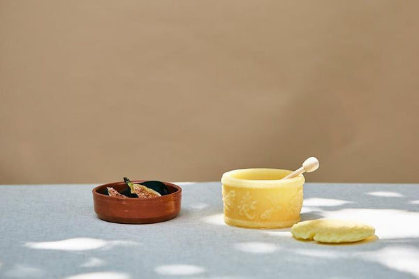 BEESWAX HONEY POTS