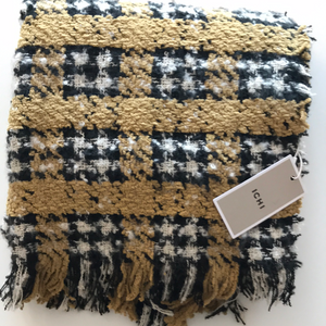 Ichi Plaid Scarf