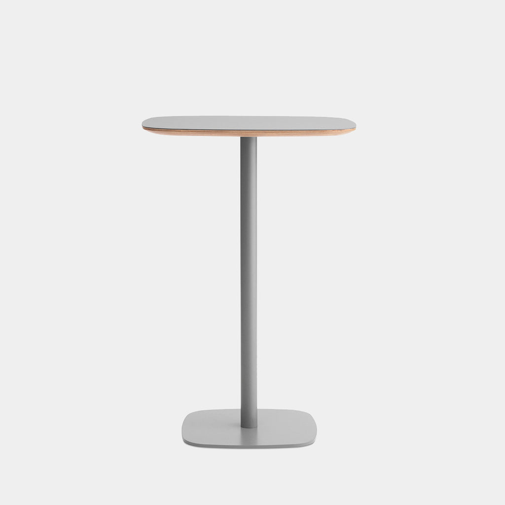 Form Café Bar Table