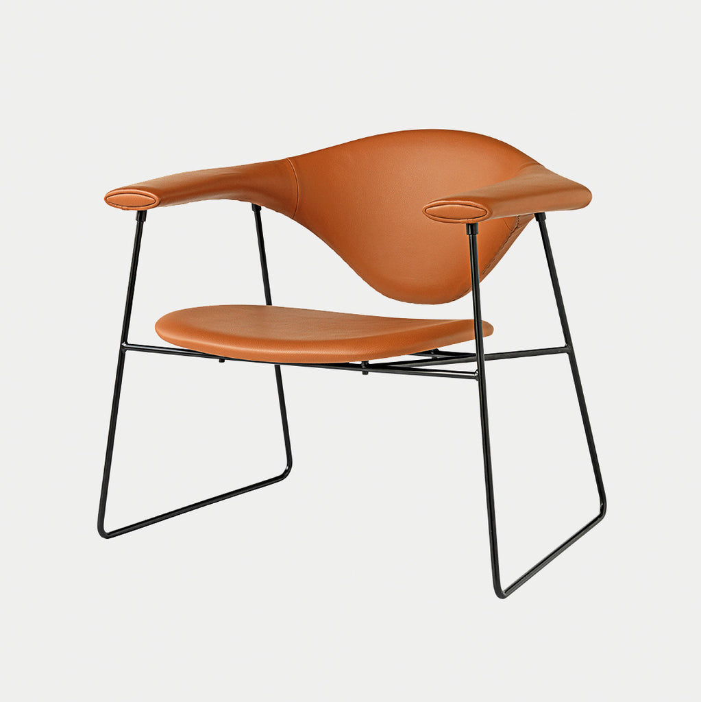 Masculo Lounge Chair, sledge base