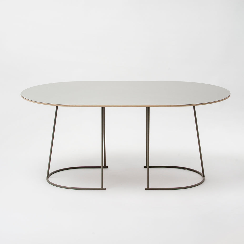 Muuto Airy Table Medium Nannie Inez