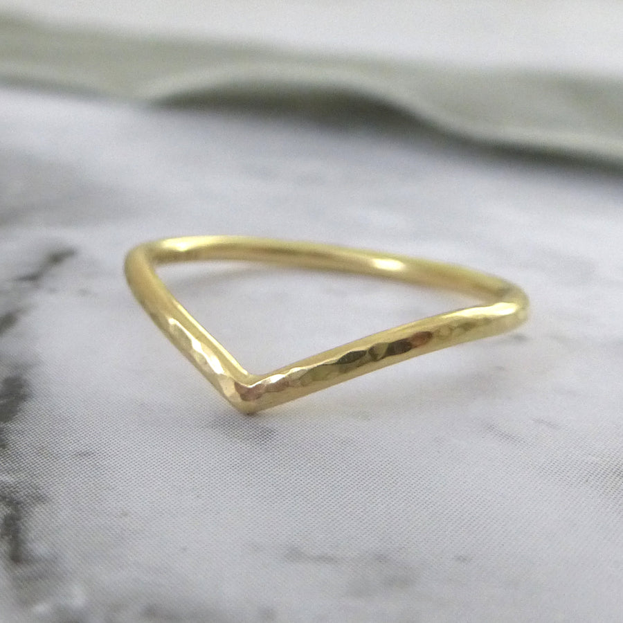 Holly Wishbone 18ct Gold - 1.5mm - Yellow Gold