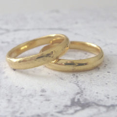 Slim Band Ring in 18ct Yellow Gold - 3mm - Hammered or Smooth