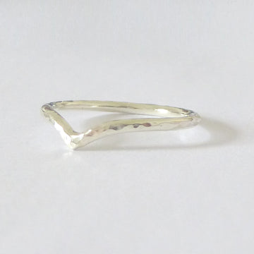 Holly Wishbone 9ct Gold - 1.5mm - White Gold