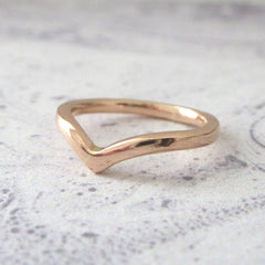 Holly Wishbone 9ct Gold - 2mm - Rose Gold