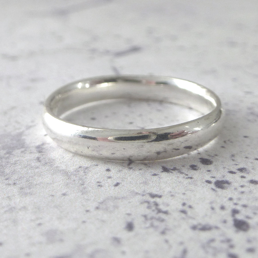 Hand Shaped Band Ring in Sterling Silver - 3mm - Hammered or Smooth