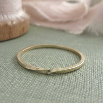 Skinny twist band ring - 9ct yellow gold