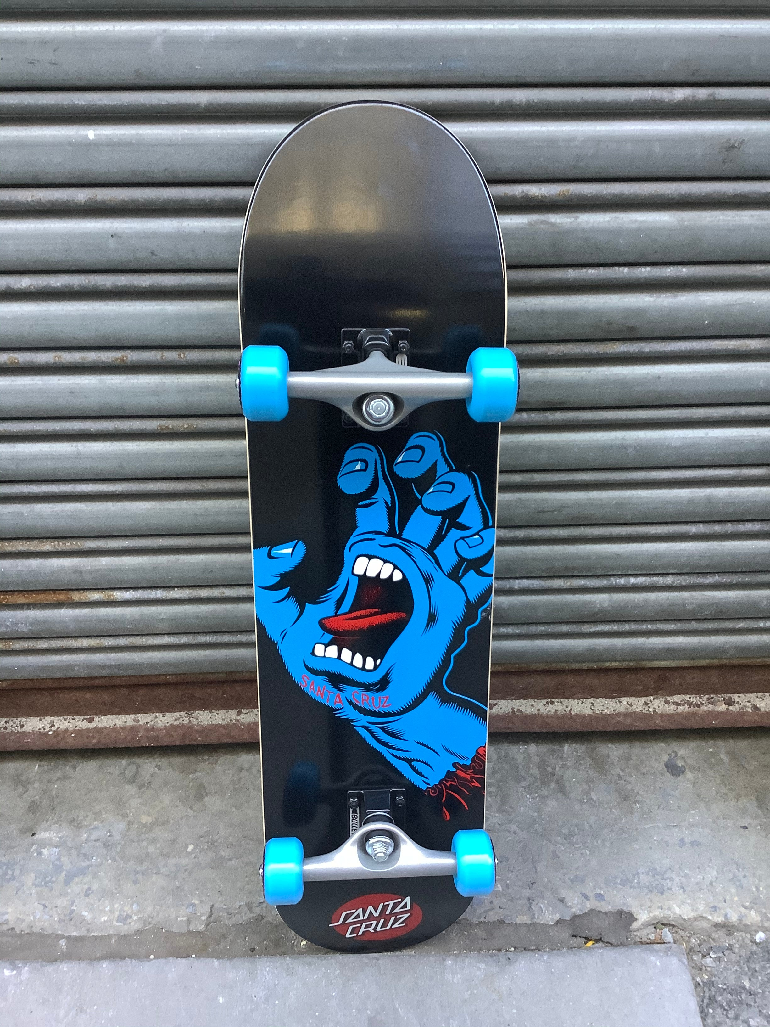 "Santa Cruz Screaming Hand 8"" Complete"