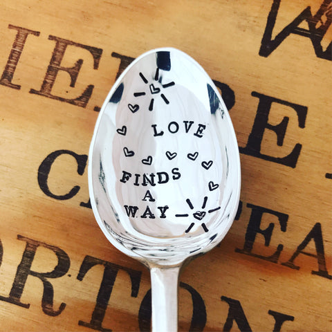 🖤 Love finds a way 🖤 - Silver plated spoons - Handmade