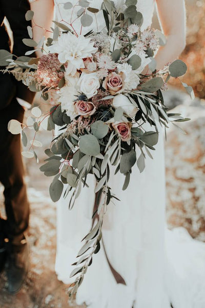 rose gold cascading bouquet