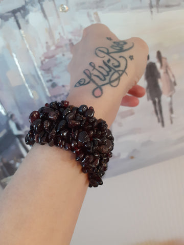 Garnet Wide Style Chipped Bracelet