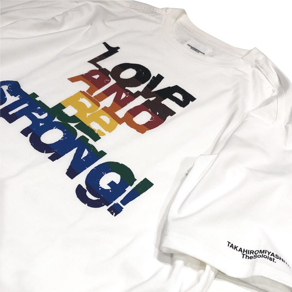 LOVE AND BE STORONG! oversized crew neck s/s tee.