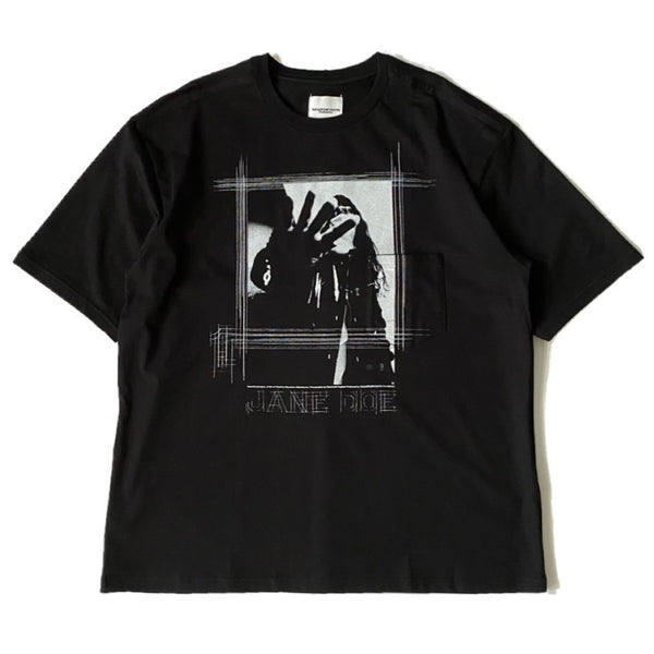 jane doe's portrait.1 (oversized s/s tee)
