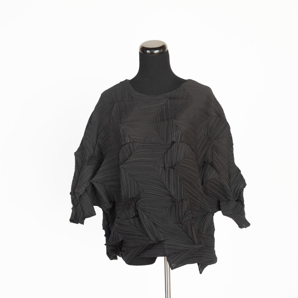 "SHIRT BLACK ""ART CLOTHING"" MICROPLEATED BY MC OASIS"