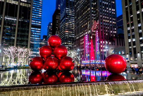 Radio City Music Hall and 6th Avenue | Christmas in NYC | Bodeguita NYC Designs Made with Happiness