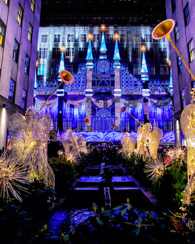 Saks 5th Avenue Lights Show | Christmas in NYC | Bodeguita NYC Designs Made with Happiness
