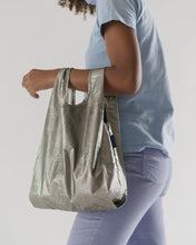 Load image into Gallery viewer, Baby Baggu: Metallic Pewter