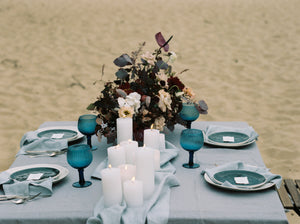 LINEN TABLECLOTH IN ICE BLUE